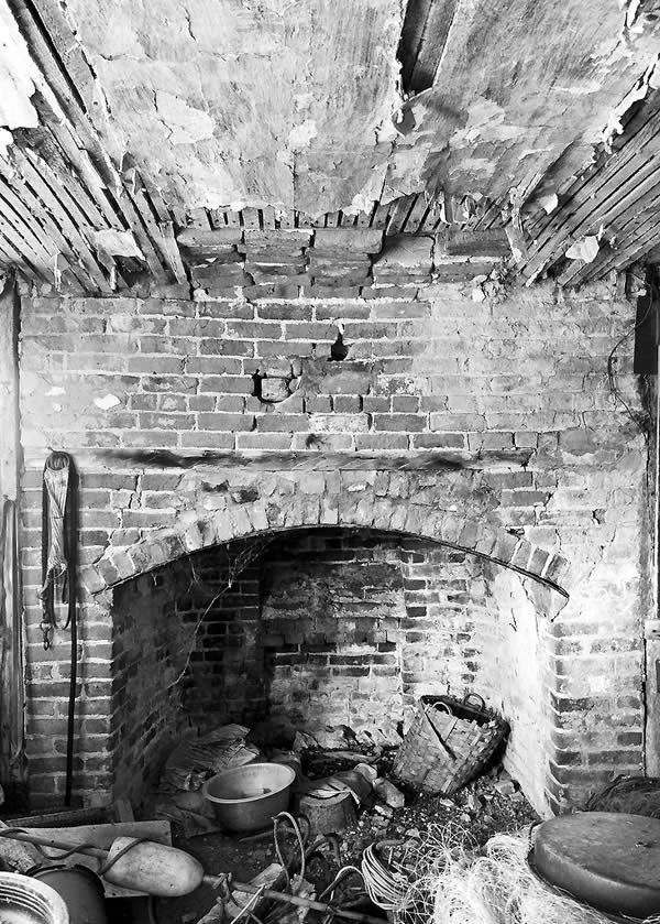 Photo of Rochester House Fireplace and Plaster Ceiling
